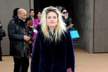 Alison Mosshart Arrivals at the Burberry Prorsum Show
