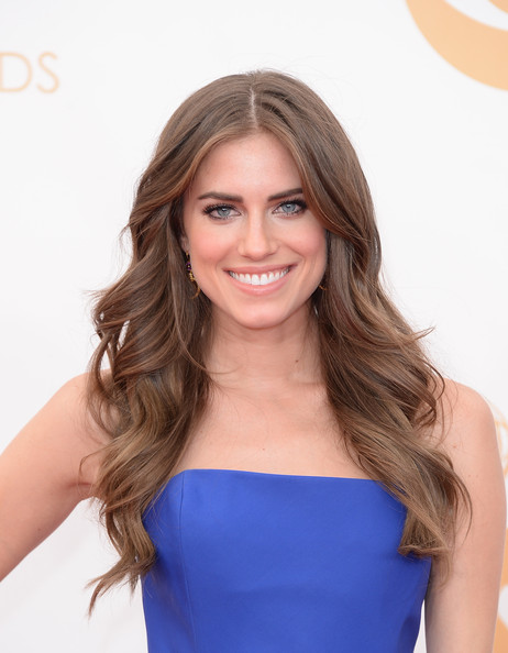 Allison Williams - Arrivals at the 65th Annual Primetime Emmy Awards — Part 5