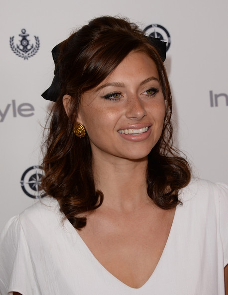 Aly Michalka Brown Hair Alyson michalka actress aly