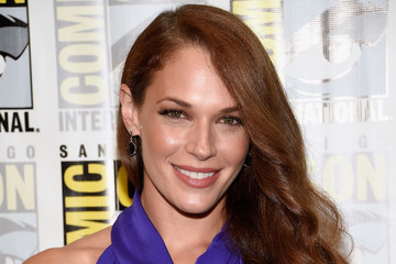 "Amanda Righetti Comic-Con International 2016 -  ""Colony"" Press Line"