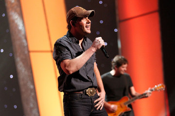 Rodney Atkins American Giving Awards Presented By Chase - Show