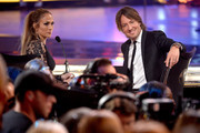 """Judges Jennifer Lopez (L) and Keith Urban onstage during """"American Idol"""" XIV Grand Finale at Dolby Theatre on May 13, 2015 in Hollywood, California."""