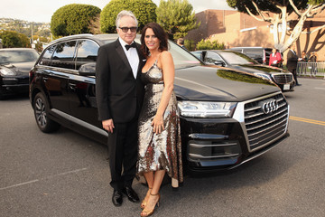 Amy Landecker Audi Arrives At The 25th Annual Elton John AIDS Foundation's Academy Awards Viewing Party