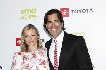 Amy Smart Carter Oosterhouse 2nd Annual Environmental Media Association (EMA) Honors Benefit Gala - Arrivals