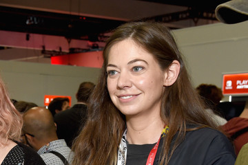 Analeigh Tipton Nintendo Hosts Celebrities At 2018 E3 Gaming Convention