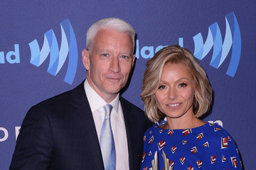 Anderson Cooper 26th Annual GLAAD Media Awards In New York - Backstage