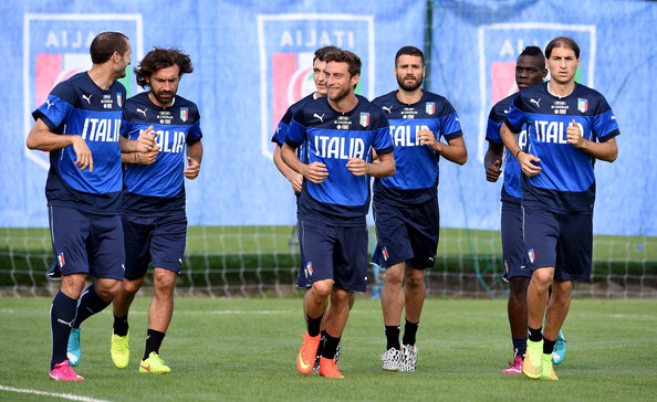 Italy Training Session [player,sport venue,team sport,sports,team,stadium,football player,ball game,championship,training,players,brazil,italy,rio de janeiro,italy training press conference,2014 fifa world cup,training session]