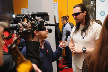 Andrew W.K Arrivals at the 6th Annual Shorty Awards