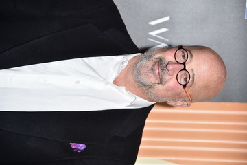 Andrew Zimmern Charlize Theron Hosts Africa Outreach Project Fundraiser