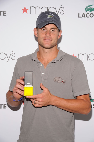 "Andy Roddick Promotes Lacoste Fragarence ""Challenge"" at Macys Queens Center"