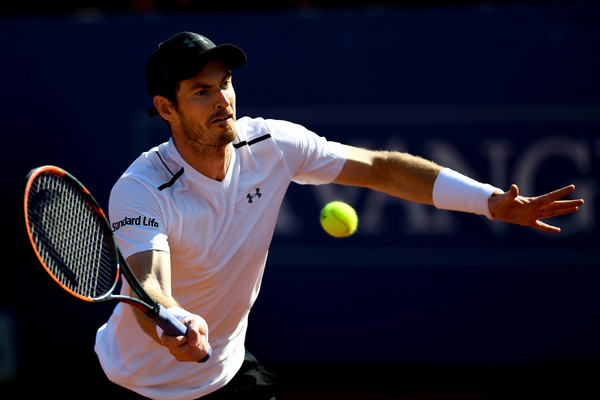 Andy Murray Struggles Through In Barcelona