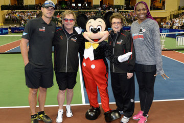Andy Roddick Stars Visit Walt Disney World