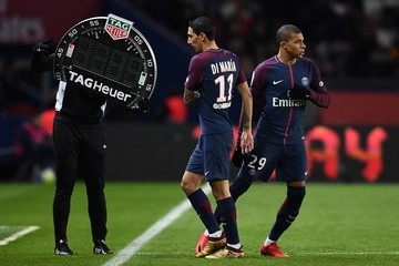 Angel Di Maria Paris Saint Germain v Troyes Estac - Ligue 1