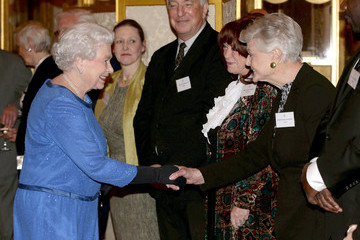 Angela Lansbury Queen Elizabeth II Hosts a Reception