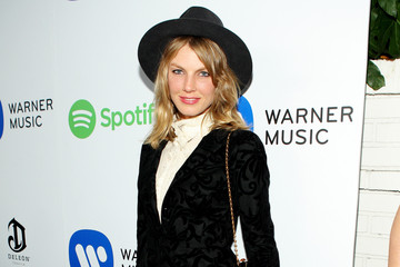 Angela Lindvall Warner Music Group Grammy Celebration — Part 3
