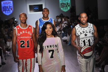 Angela Simmons Angela Simmons Presents the Harlem Globetrotters 90th Anniversary and Foofi Collection - Runway - Spring 2016 Style360