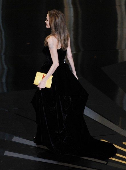 Angelina+Jolie+84th+Annual+Academy+Awards+Jsjt7FhnyFZl.jpg