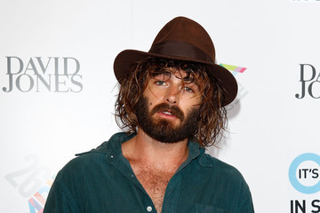 Angus Stone 26th Annual ARIA Awards 2012 - Arrivals