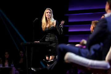 Ann Coulter The Comedy Central Roast of Rob Lowe - Show