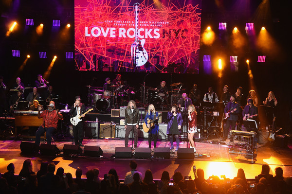 Third Annual Love Rocks NYC Benefit Concert For God's Love We Deliver [performance,entertainment,concert,music,performing arts,stage,event,musician,musical instrument accessory,public event,god,ann wilson,nancy wilson,robert plant,jimmie vaughan,grace potter,love,l-r,taj mahal,love rocks nyc benefit concert]