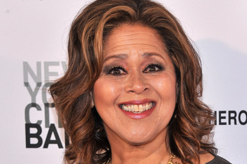 anna deavere smith net worth