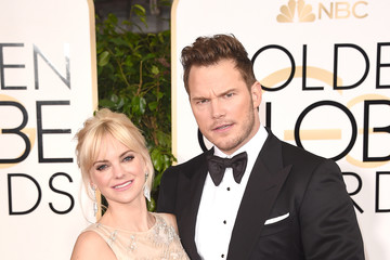 Anna Faris Arrivals at the Golden Globe Awards — Part 2