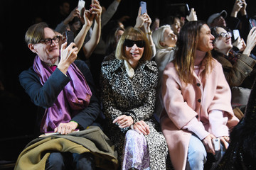 Anna Wintour Hamish Bowles Michael Kors Collection Fall 2019 Runway Show - Backstage