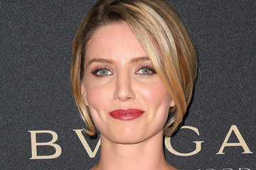 "Annabelle Wallis BVLGARI ""Decades Of Glamour"" Oscar Party Hosted By Naomi Watts - Arrivals"