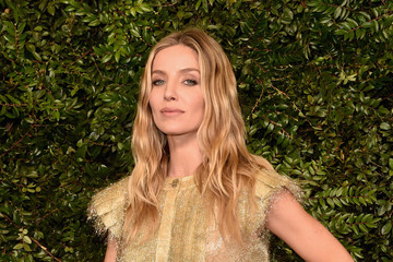 Annabelle Wallis Charles Finch And Chanel Pre-Oscar Awards Dinner At Madeo In Beverly Hills - Arrivals