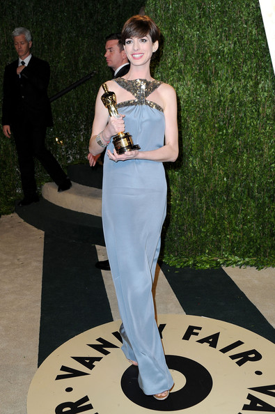 Anne Hathaway - 2013 Vanity Fair Oscar Party Hosted By Graydon Carter - Arrivals
