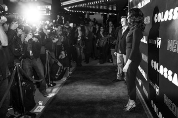 Anne Hathaway Premiere of Neon's 'Colossal' - Red Carpet