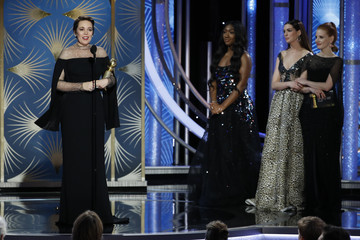 Anne Hathaway 76th Annual Golden Globe Awards - Show