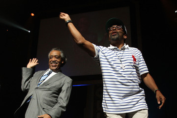 Spike Lee Al Sharpton The Apollo Theater Holds A Public Memorial For Michael Jackson
