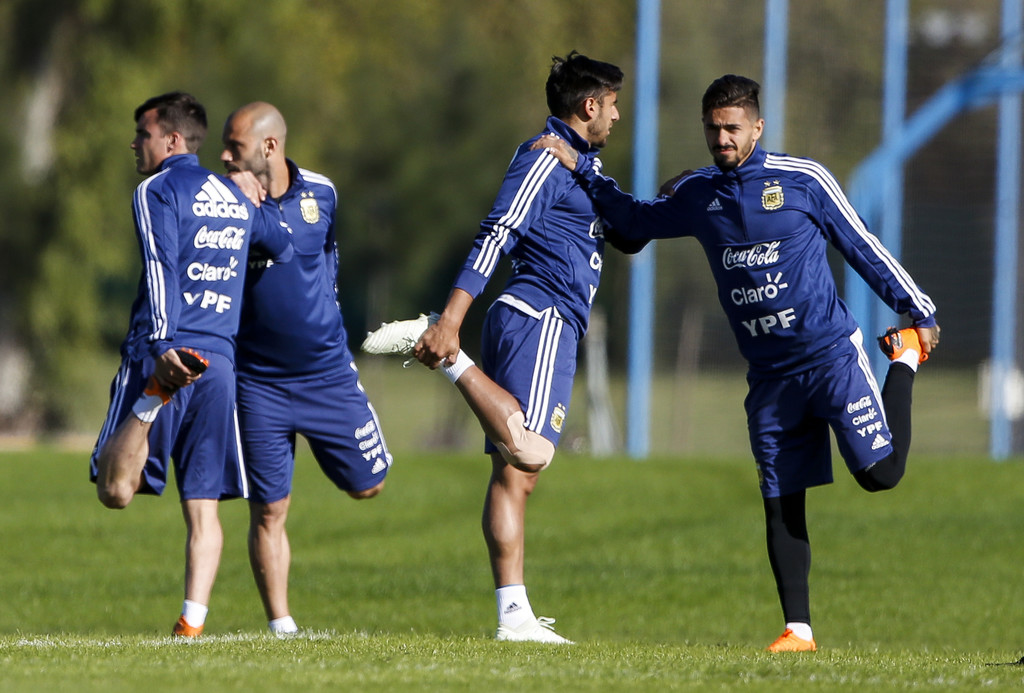 [Imagen: Argentina+Training+Session+h7KsAOD9h-8x.jpg]