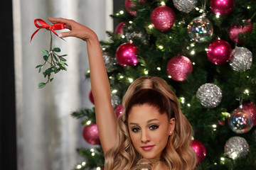 Ariana Grande Madame Tussauds Las Vegas Launches Ariana Grande Wax Figure For the First Time In The United States