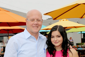 Ariel Winter Elizabeth Glaser Pediatric AIDS Foundation 26th Annual A Time for Heroes Family Festival - Inside