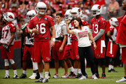 Intern linebacker coach Jen Welter of the Arizona Cardinals works with players during the team training camp at University of Phoenix Stadium on August 2, 2015 in Glendale, Arizona.