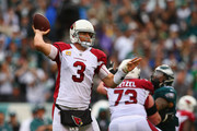 Quarterbak  Carson Palmer #3 of the Arizona Cardinals looks to pass againt the Philadelphia Eagles during the second quarter at Lincoln Financial Field on October 8, 2017 in Philadelphia, Pennsylvania.