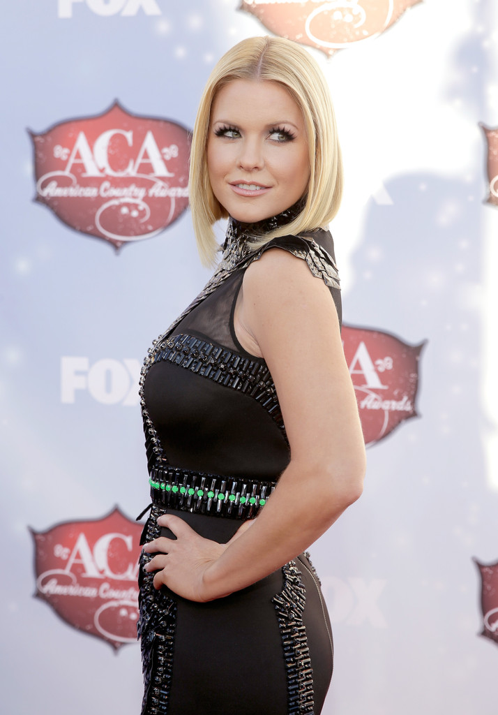 Arrivals at the American Country Awards — Part 2