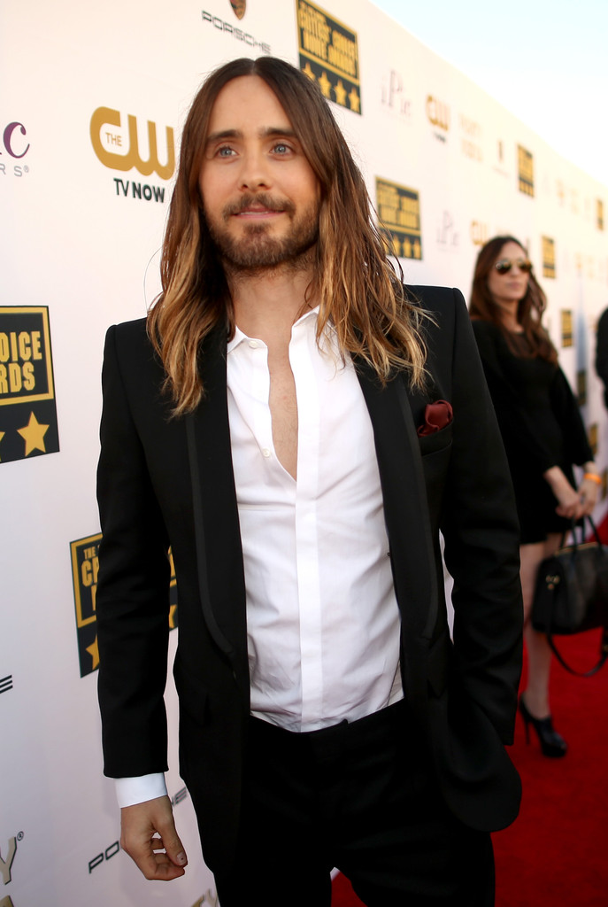 jared leto in suit