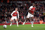 Danny Welbeck of Arsenal scores his sides second goal during the Carabao Cup Third Round match between Arsenal and Brentford at Emirates Stadium on September 26, 2018 in London, England.
