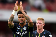 Kyle Walker of Manchester City and Kevin De Bruyne of Manchester City applauds fans after the Premier League match between Arsenal FC and Manchester City at Emirates Stadium on August 12, 2018 in London, United Kingdom.