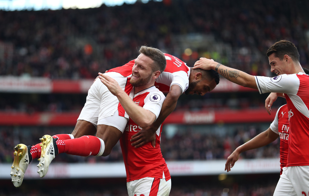 arsenal Get the latest arsenal news including transfers, fixtures and results plus updates from new gunners manager unai emery and pierre-emerick aubameyang.