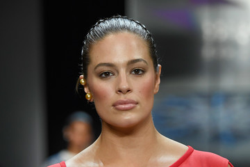 Ashley Graham Prabal Gurung - Runway - February 2018 - New York Fashion Week: The Shows
