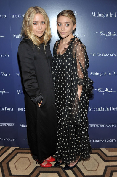 http://www1.pictures.zimbio.com/gi/Ashley+Olsen+Cinema+Society+Thierry+Mugler+hWuTwVD87rkl.jpg