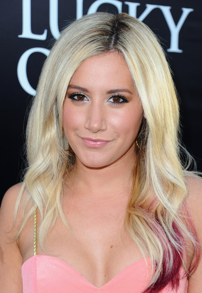 "Ashley Tisdale - Premiere Of Warner Bros. Pictures' ""The Lucky One"" - Red Carpet"