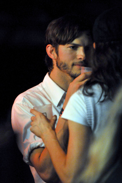 Ashton Kutcher Pictures Maxim Derby Eve With Bulleit