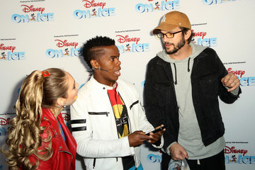 Ashton Kutcher Disney On Ice Presents Mickey's Search Party Holiday Celebrity Skating Event