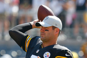 Ben Roethlisberger #7 of the Pittsburgh Steelers warms up before the game against the Atlanta Falcons at Heinz Field on October 7, 2018 in Pittsburgh, Pennsylvania.