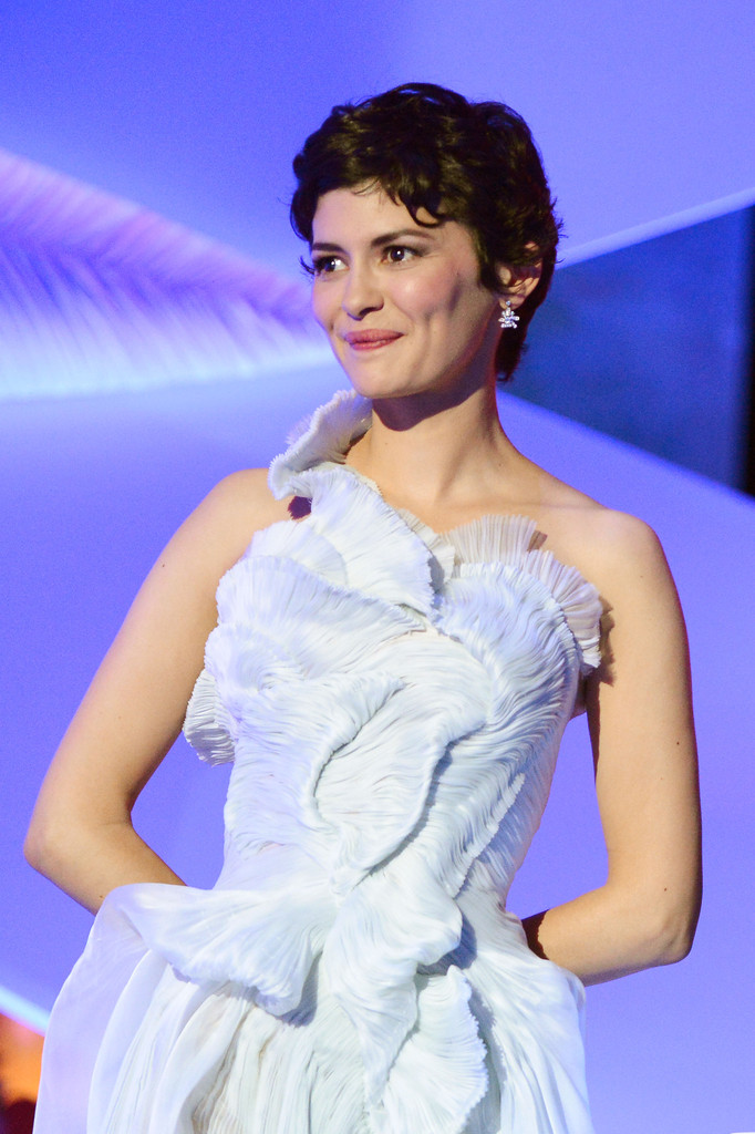 http://www1.pictures.zimbio.com/gi/Audrey+Tautou+Opening+Ceremony+66th+Annual+LMBFEbo-pK2x.jpg